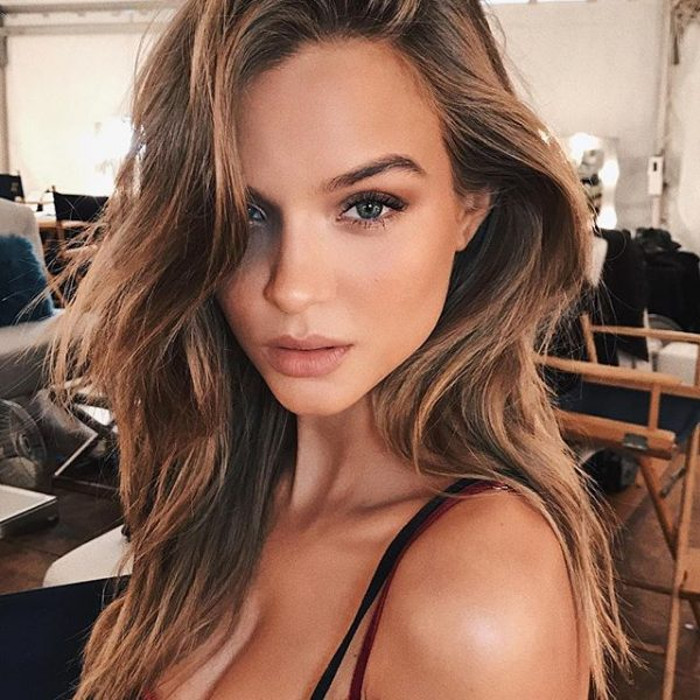 This Victoria's Secret Angel Has a Genius Lip-Plumping Secret Josephine Skriver