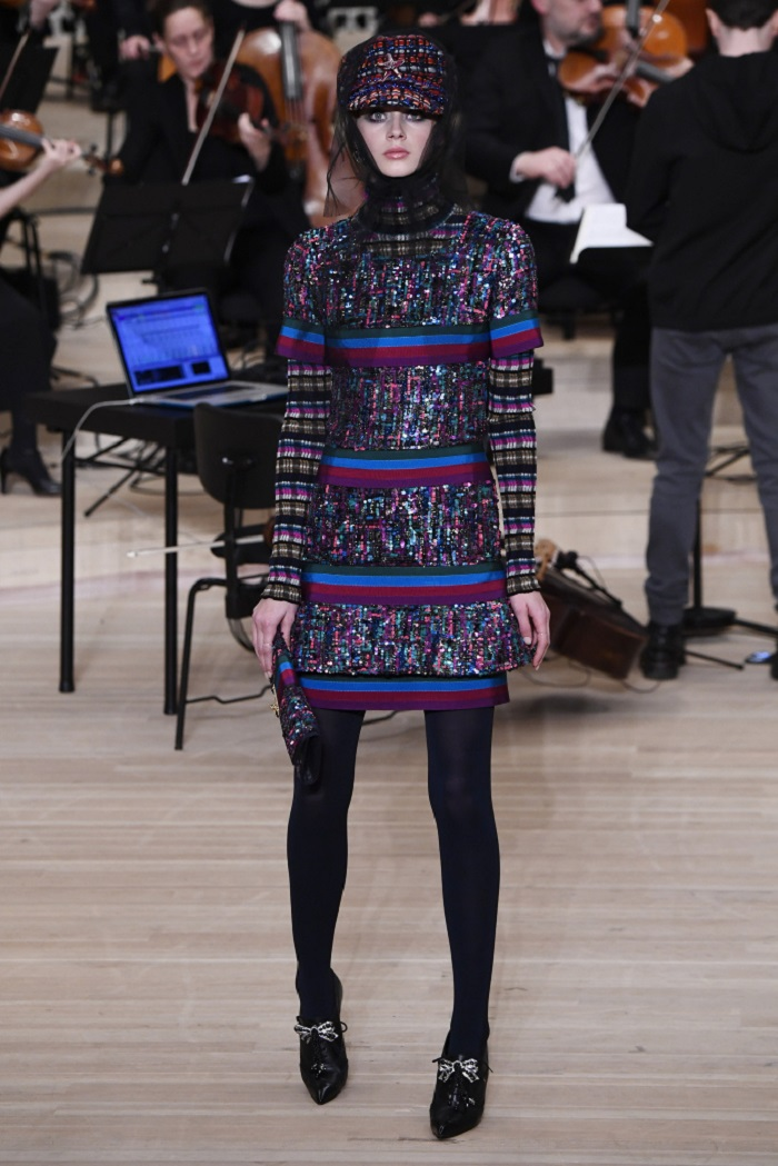 Chanel Métiers d'Art 2018 Show multicolored dress