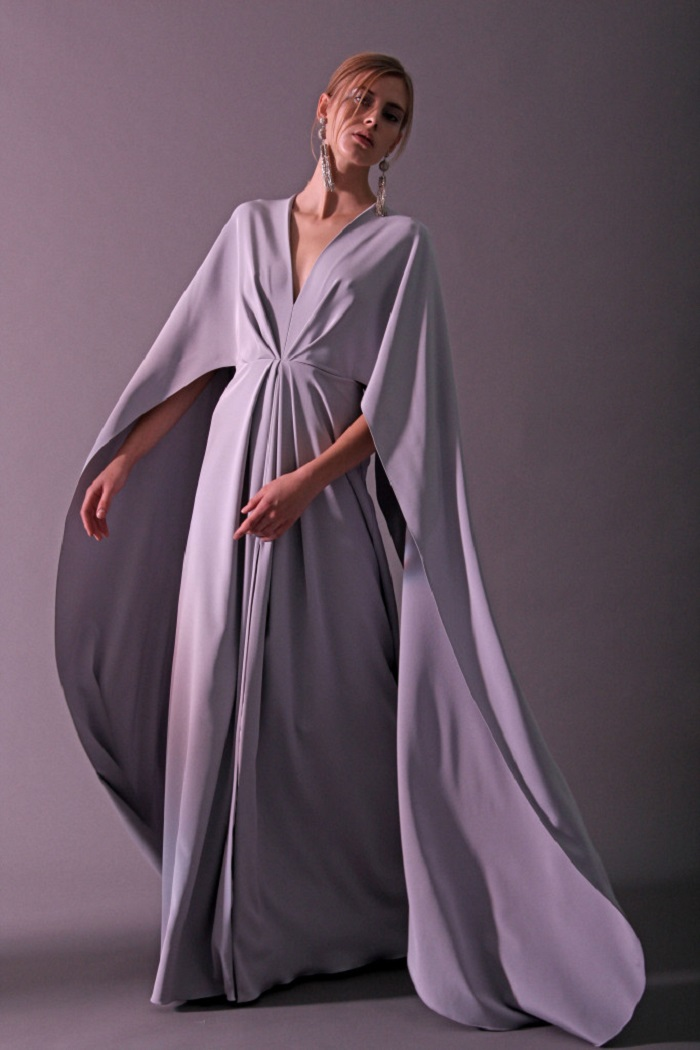 Christian Siriano Pre-Fall 2018 Collection long gray dress