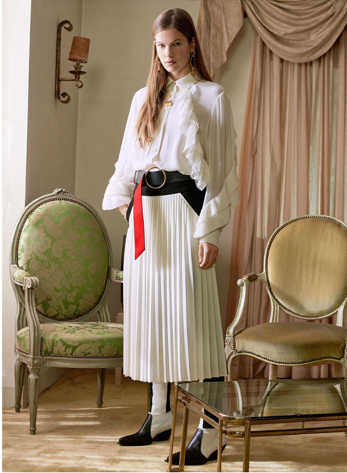 Givenchy Pre Fall 2018 Collection pleated skirt and shirt