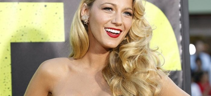 Glam Retro Curls To Steal From A-Listers