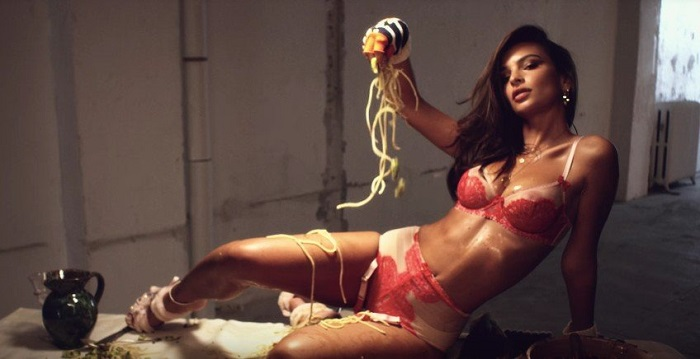 Love's Advent 2017 Calendar Celebrates Strong Women Emily Ratajkowski
