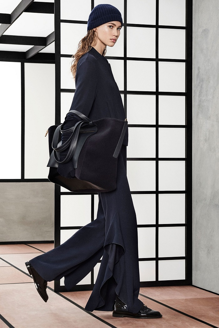 Max Mara Pre-Fall 2018 Collection navy pants blazer