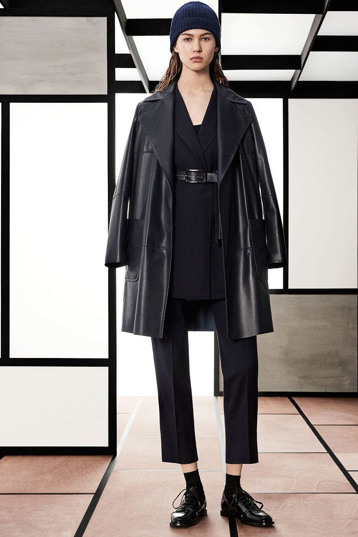 Max Mara Pre-Fall 2018 Collection black leather trench coat blazer pants