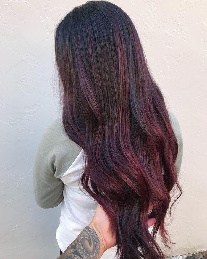 Mulled Wine Hair Color Will Get You Drunk in Love burgundy highlights on long hair