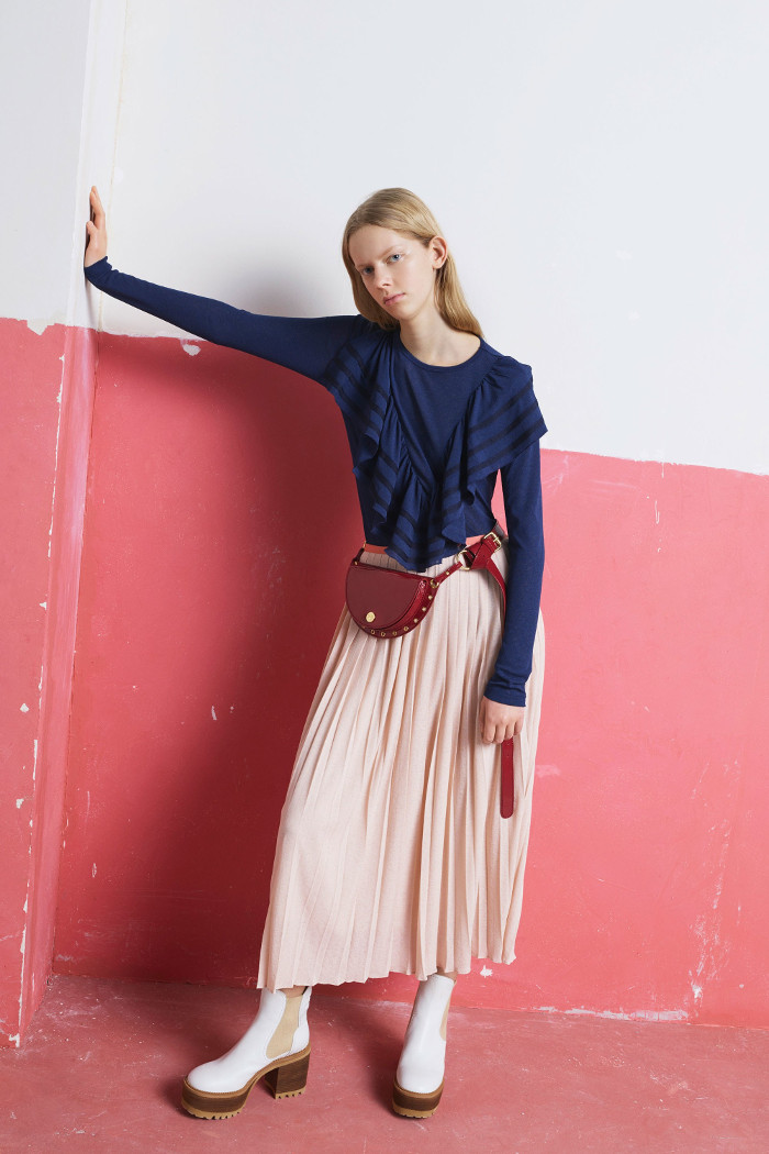 See by Chloé Pre Fall 2018 Collection ruffle blouse and pleated skirt