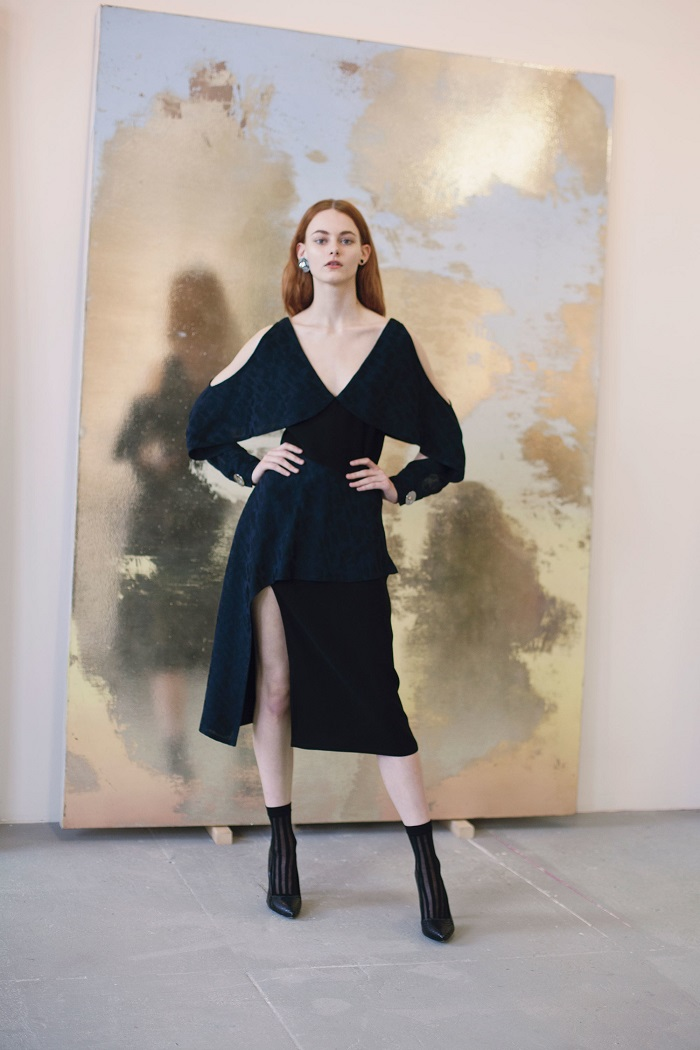 Yigal Azrouël Pre-Fall 2018 Collection black asymmetric dress