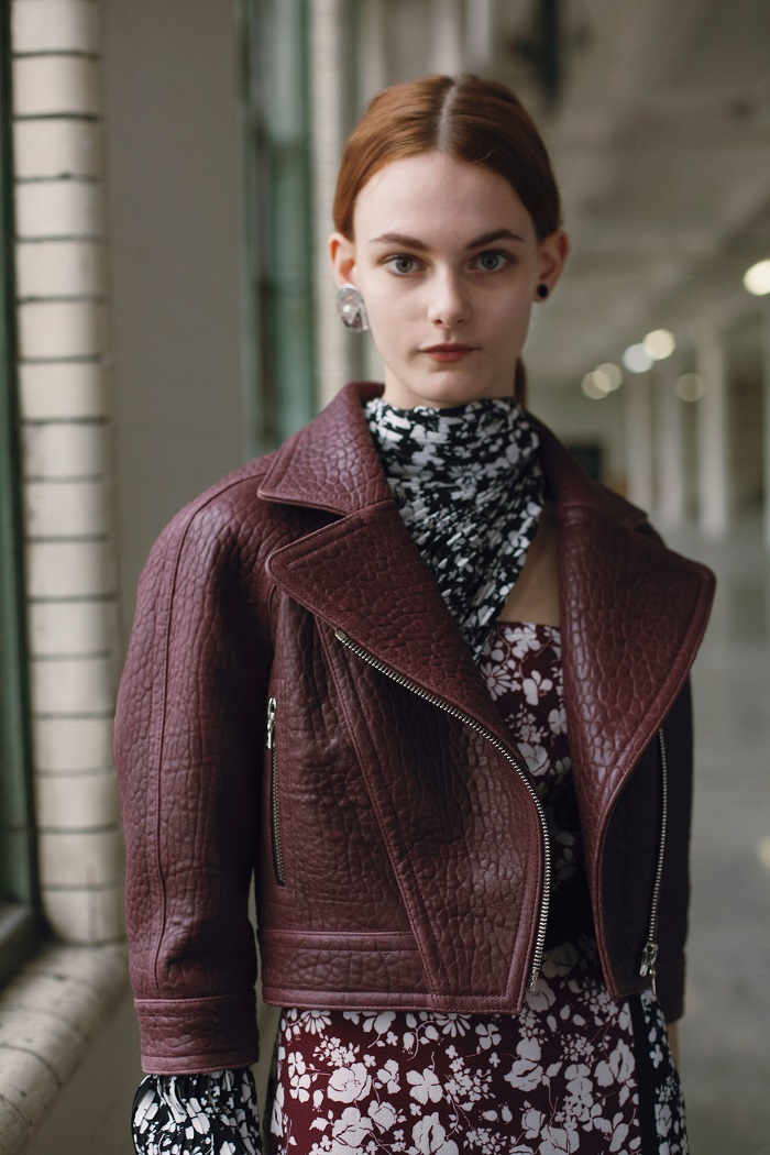 Yigal Azrouël Pre-Fall 2018 Collection burgundy jacket