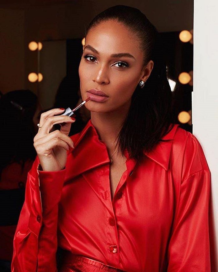 Estée Lauder's Pure Color Envy Liquid LipColor Campaign Joan Smalls