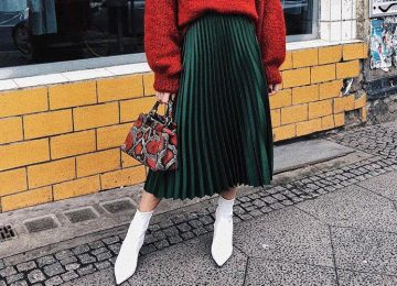 How to Wear Pleated Skirt in Cold Weather