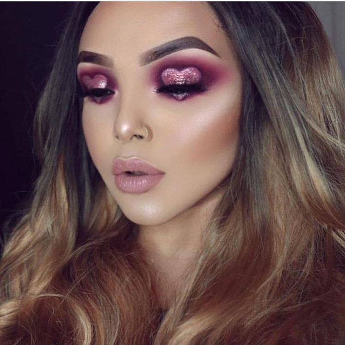 Makeup Ideas for Valentines Day & The Month of Love heart eye makeup for Valentine's Day