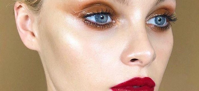 Glam Up Your Makeup with Trending Glossy Lids