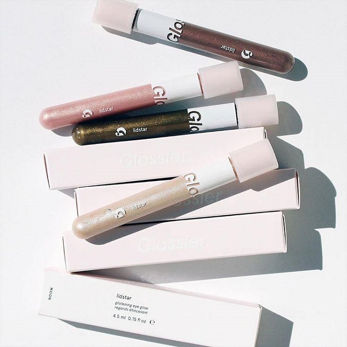 Glossier Debuted Lidstar Eyeshadow at The 2018 Oscars packaging