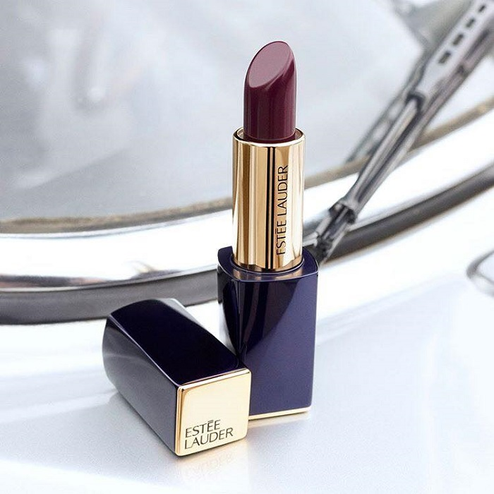 Karlie Kloss is Estée Lauder's New Ambassador burgundy plum lipstick
