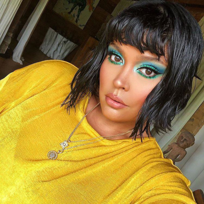 Summer Mood Tropical Makeup Looks turqouise makeup