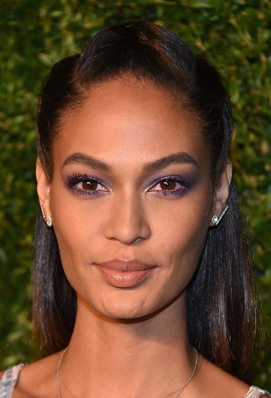 Glam Medium Holiday Hairstyles: Joan Smalls