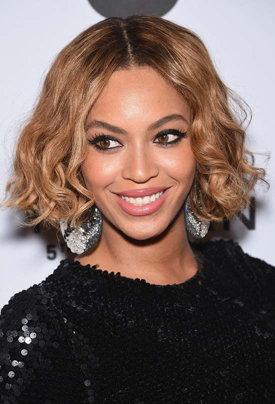 Glam Short Holiday Hairstyles: Beyonce