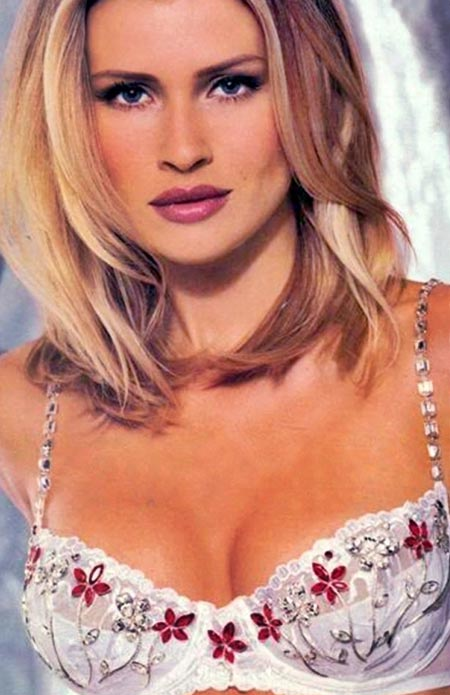 1998: Victoria's Secret Dream Angel Fantasy Bra