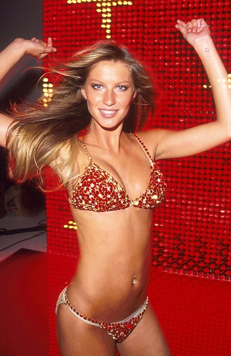2000: Victoria's Secret Red Hot Fantasy Bra