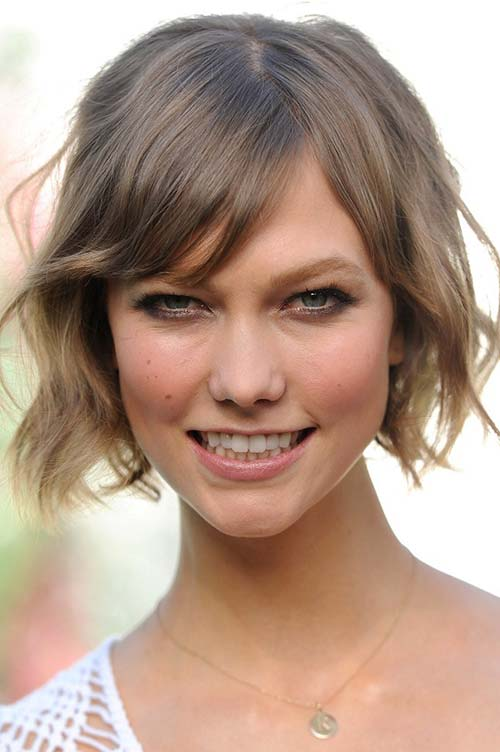 20 Short Hairstyles Celebs Love to Wear: Karlie Kloss