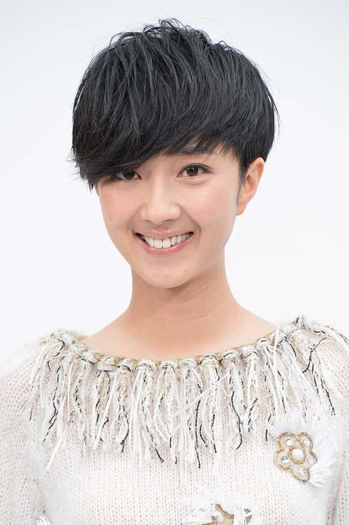 20 Short Hairstyles Celebs Love to Wear: Kwai Lun-Mei