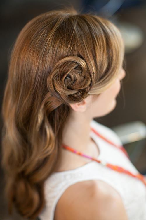 10 Gorgeous Holiday Party Hairstyles: Hair Flower