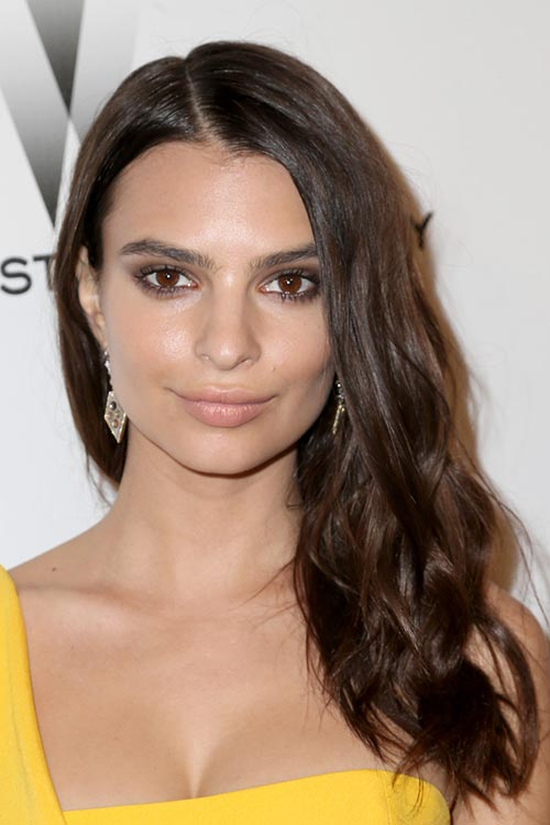 2015 Stylish Celebrity Hairstyles: Emily Ratajkowski Long Wavy Hair
