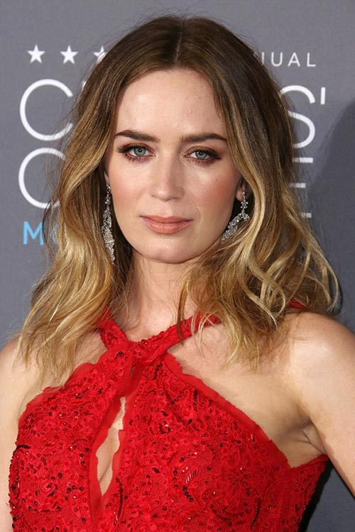 Critics' Choice Awards 2015 Best Hairstyles and Makeup Looks: Emily Blunt