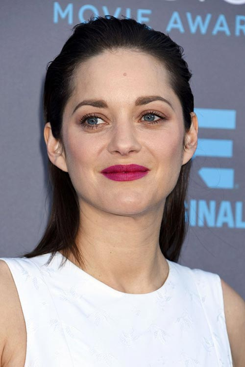 Critics' Choice Awards 2015 Best Hairstyles and Makeup Looks: Marion Cotillard