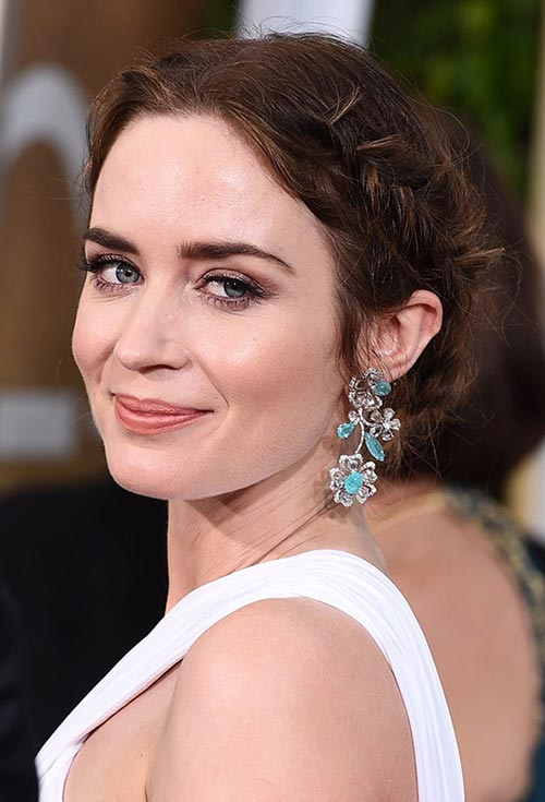 Golden Globes 2015 Celebrity Hairstyles and Makeup: Emily Blunt