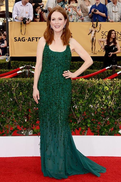 SAG Awards 2015 Red Carpet Fashion: Julianne Moore