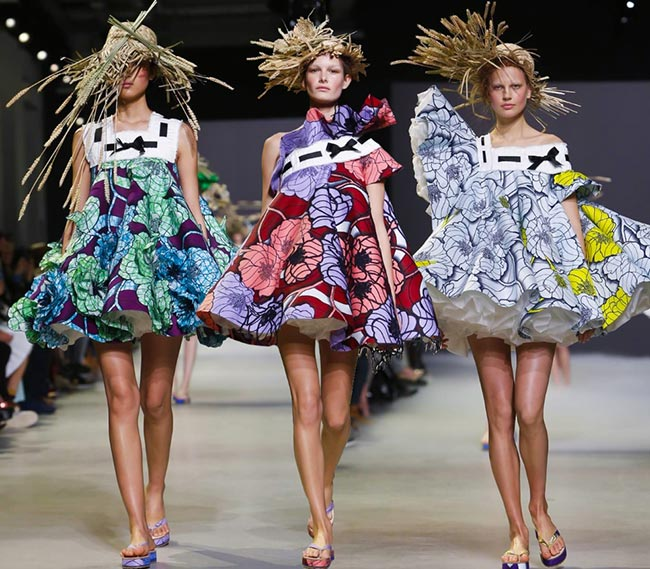 Viktor & Rolf Couture Spring/Summer 2015 Collection