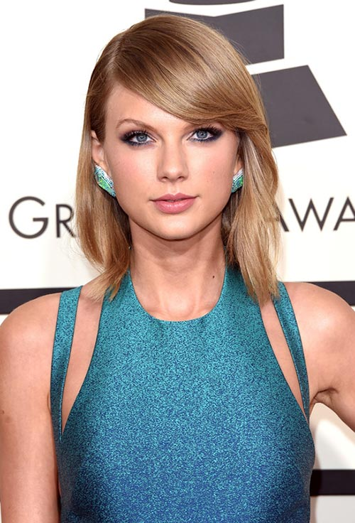 Grammy Awards 2015 Hairstyles and Makeup: Taylor Swift