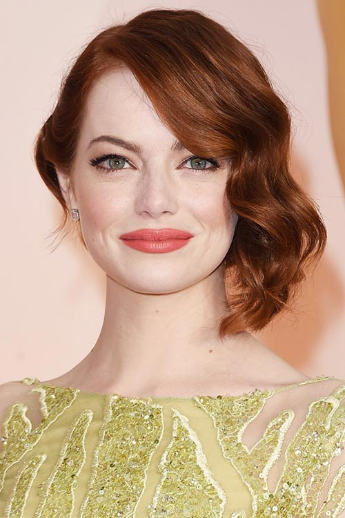 Oscars 2015 Celebrity Hairstyles and Makeup: Emma Stone