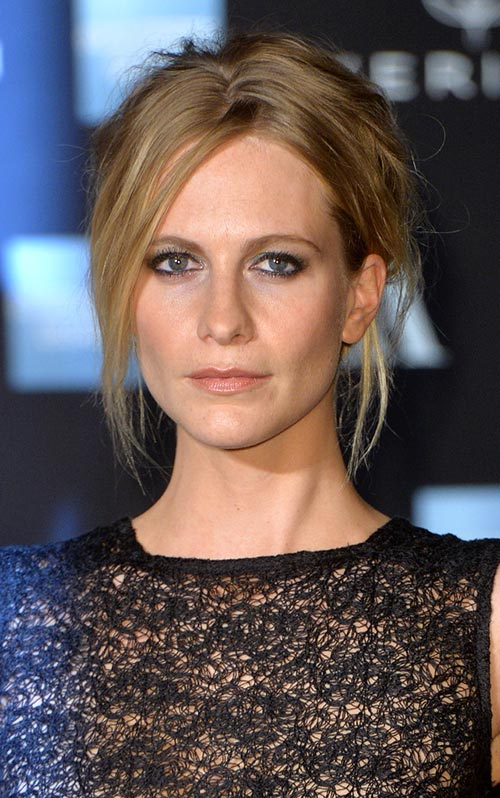 Casual Spring Hairstyles: Poppy Delevingne Messy Updo