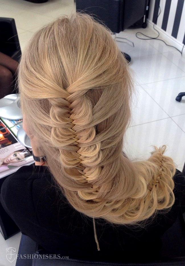 5 Pretty Braided Hairstyles for Prom: Mermaid Fishtail Braid