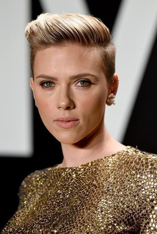 Short Hairstyle Ideas: Scarlett Johansson Fauxhawk