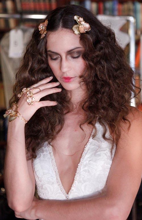 Spring 2016 Bridal Hairstyles and Beauty: Galia Lahav
