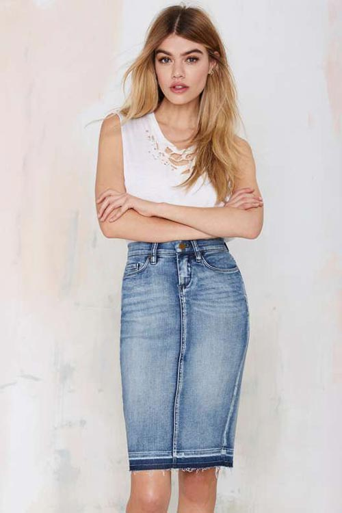 10 Denim Pieces for 2015 You Should Not Go Without: Denim Skirt