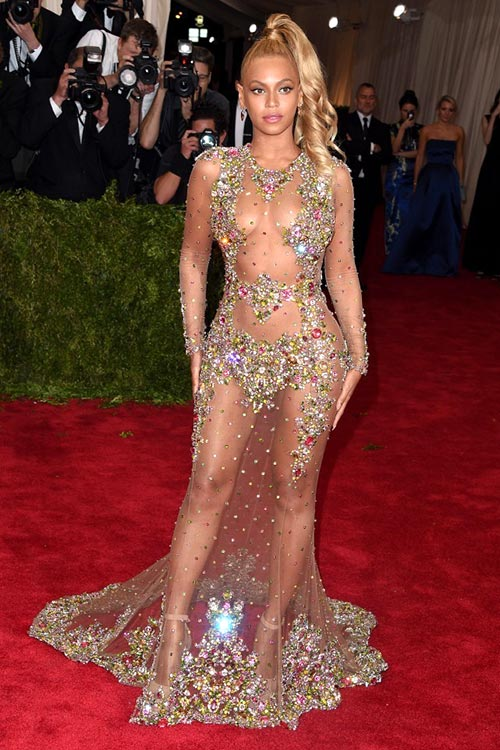 Met Gala 2015 Red Carpet Fashion: Beyonce