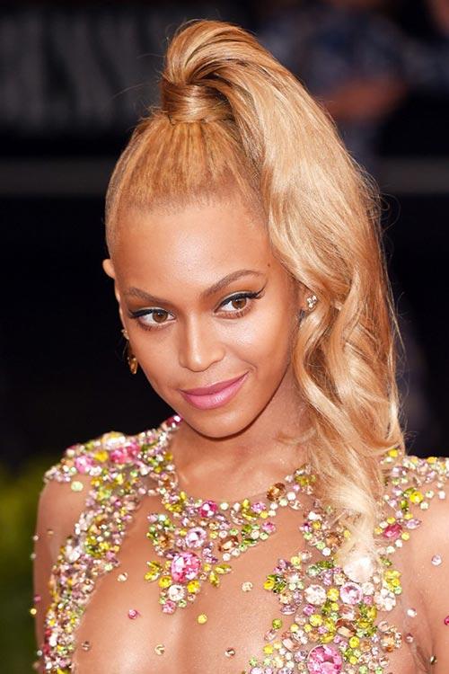 Met Gala 2015 Hairstyles & Makeup: Beyonce Knowles