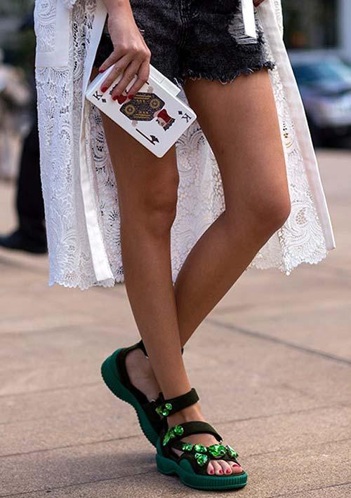 5 Stylish Alternatives to Comfy Flats: Velcro Sandals