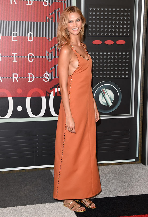 MTV VMAs 2015 Red Carpet Fashion: Karlie Kloss