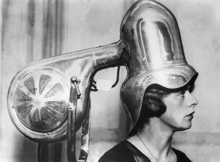 Hair Dryers Women Used Back In '30s and '40s