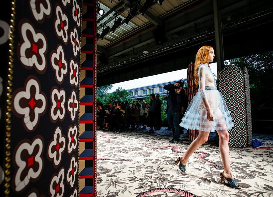 Gucci To Show Cruise 2017 Collection In London