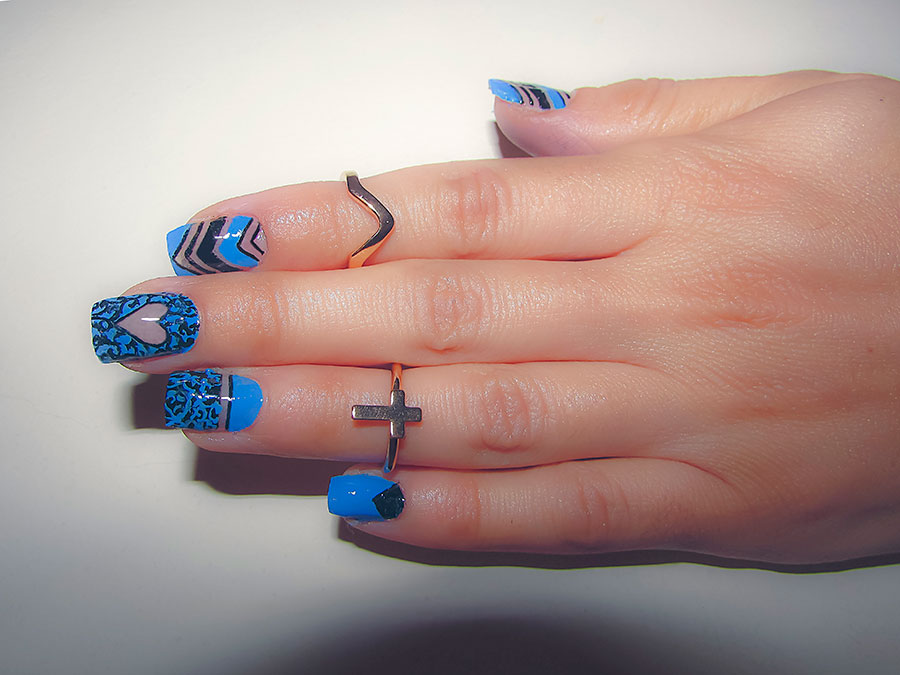 Lovely Negative Space Nail Art Designs