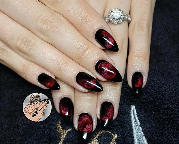 50 Awe,Inspiring Halloween Nail Art Designs