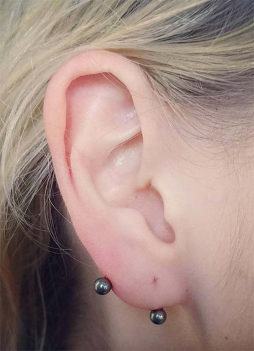 Types of Ear Piercings: Transverse Lobe Piercing