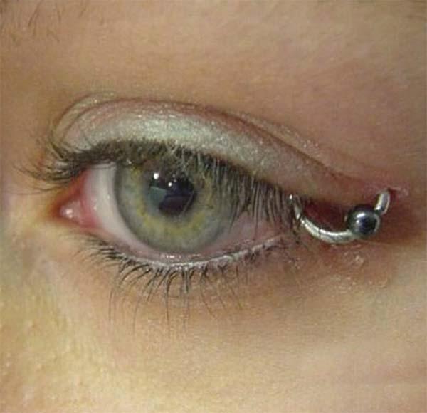 Types of Body Piercings: Facial Piercings - Eyelid Piercing