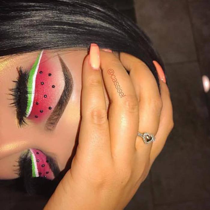 watermelon makeup Instagram trend eye watermelon makeup